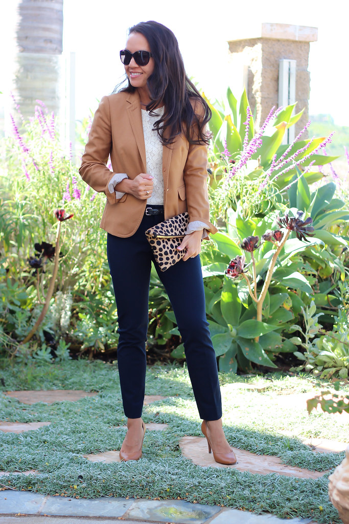Stylish petite fashion lifestyle travel and home decor site review banana republic sloan for Travel pants petite