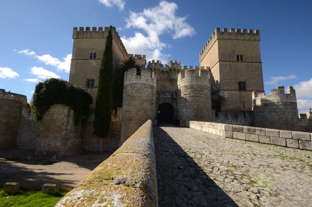 Castillo de Ampudia. Fuente
