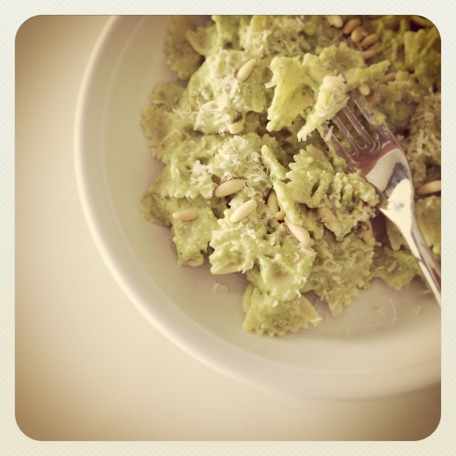 Pesto di broccoletti e pinoli