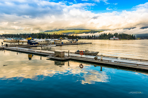 Preparing to Fly - Coal Harbour, Vancouver 26mm | 1/160 sec at f/11  ISO320
