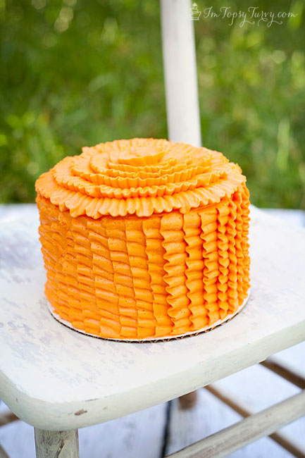 orange-ruffled-smash-cake