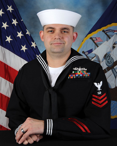 HT1(SW) Donipaul H. Briscoe - Afloat Training Group Western Pacific  2013 Sailor of the Year Finalist