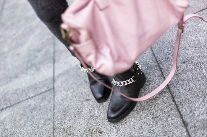 street style the rose sheinside sweater zara chained boots fashion blogger outfit blog de moda