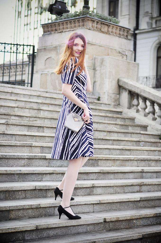 Graphic_print_dress (3)