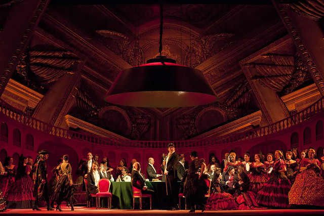 Act II scene 2 of La traviata, The Royal Opera © ROH/Johan Persson, 2010