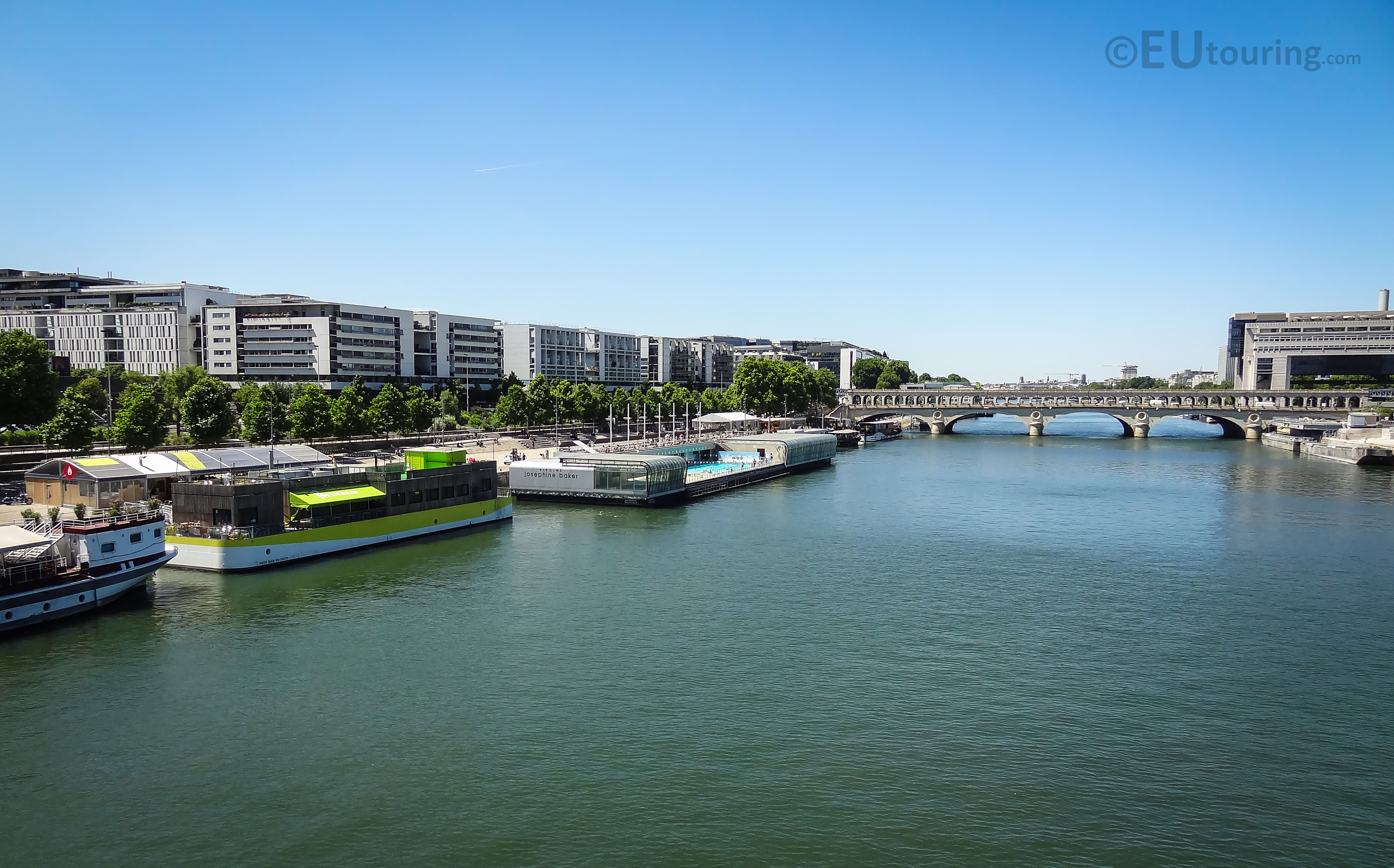 The wide Seine and boats