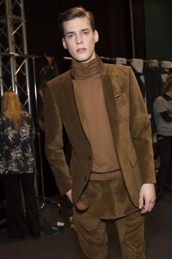 Tim Meiresone3160_FW15 Milan Etro(fashionising.com)