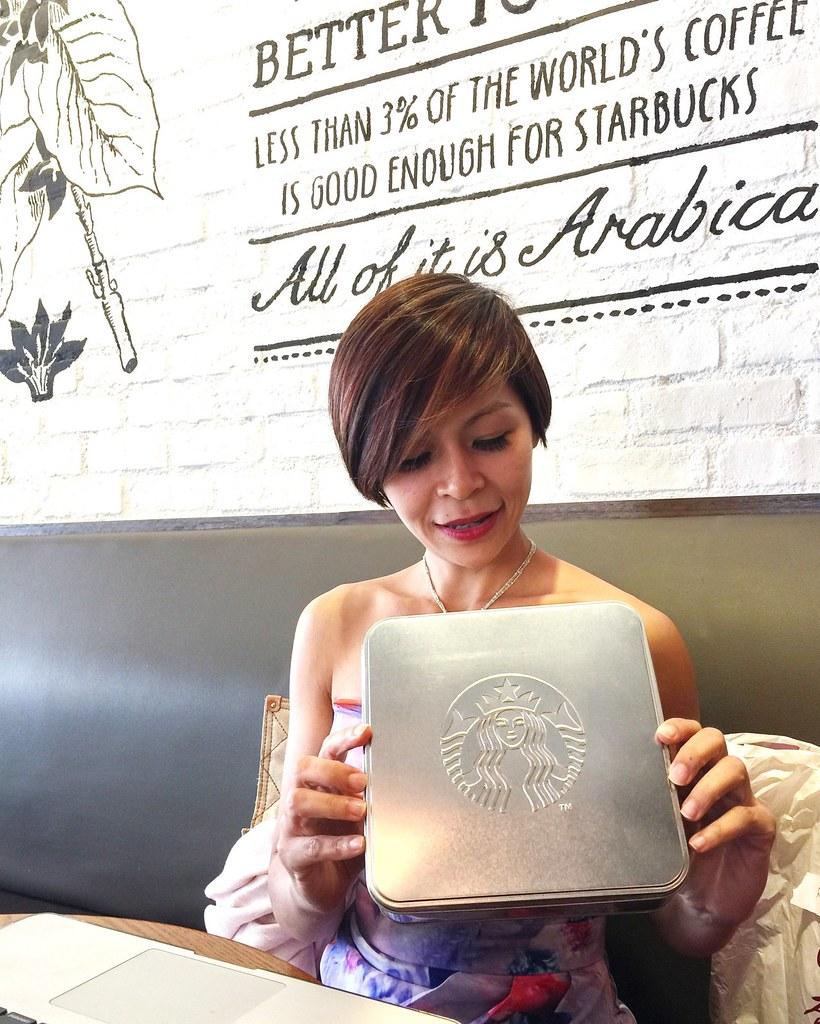 Starbucks Malaysia Pineapple Tarts