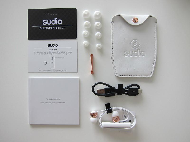 Sudio Vasa Bla - White - Box Contents