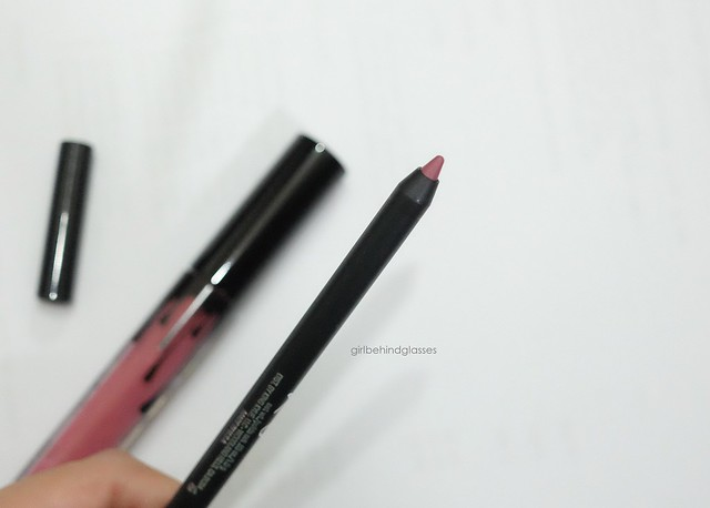 Kylie Cosmetics Lip Kit Posie K lip pencil2