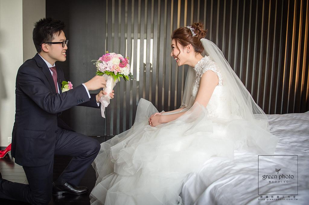 婚禮攝影,婚禮紀錄,婚禮記錄,婚禮紀實,婚攝,婚禮平面記錄,婚禮平面紀實,綠攝影像,黑熊,攝影師黑熊,婚攝小熊,婚攝黑熊,說故事風格,溫馨自然,婚禮,享受每一場拍攝的機會,用心體會每個家庭不同的故事,你的幸福我的視野,儀式,宴客,類婚紗,優質推薦,北部婚攝,台北婚攝,桃園婚攝,greenphoto,溫度,情感,劉凱文,kevin,wedding,photographer,幸福,歡樂,帶氣氛,自然引導, ,超嗨婚禮,戶外證婚,自然捕捉,情感攝影,美麗的瞬間,邊玩邊拍, weddingparty, 有溫度的婚攝,用畫面說話的,幸福,重情感的婚攝,超推薦的婚攝,迎娶,文定,闖關,新人必看,星級飯店婚攝,周上,宜蘭婚攝,宜蘭礁溪老爺酒店,武淵堂婚攝,婚攝周上