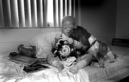 Jill Freedman, Pet Therapy, Children's Hospital, Florida, 2001