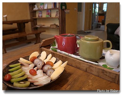 早餐的飲料:茶和咖啡
