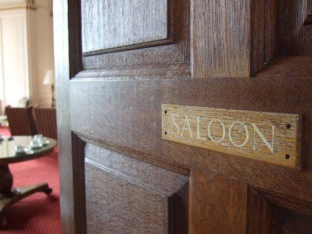 016 mad Saloon door