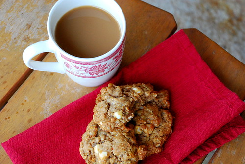 Holiday Cookie Countdown: Biscoff White Chocolate Oatmeal Cookies