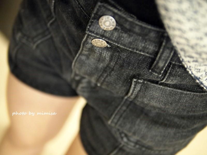Queen Shop 毛衣 牛仔短褲 (12)