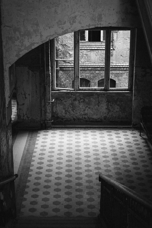 TUUKKA13 - Visiting Beelitz-Heilstätten Sanatorium - Abandoned Military Hospital - Berlin - 01.2014  (3 of 5)