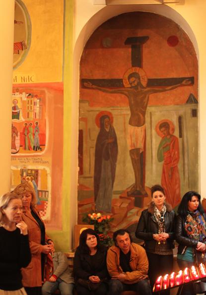 14c09 Ucranianos misa domingo iglesia ucraniana París 028 variante Uti 415