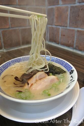 Tsujita LA Artisan Noodle Tonkatsu Ramen