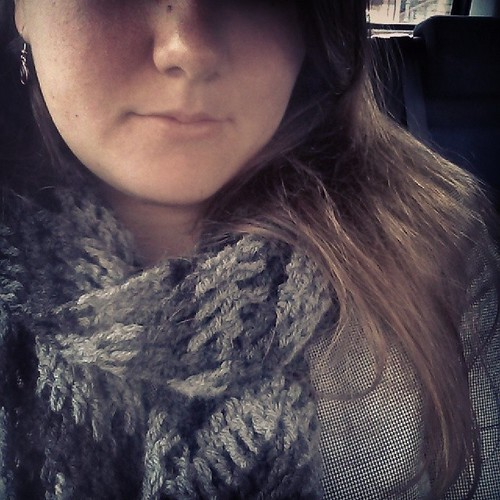 #mmmay14 Day 9: crocheted chevron cowl, sleepy face