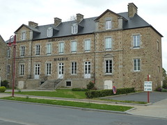 Tessy-sur-Vire - Mairie - Photo of Chevry