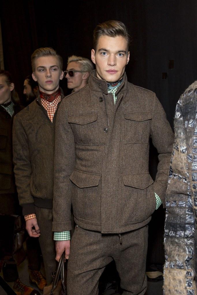 Dominik Sadoch3247_6_FW15 Milan Etro(fashionising.com)