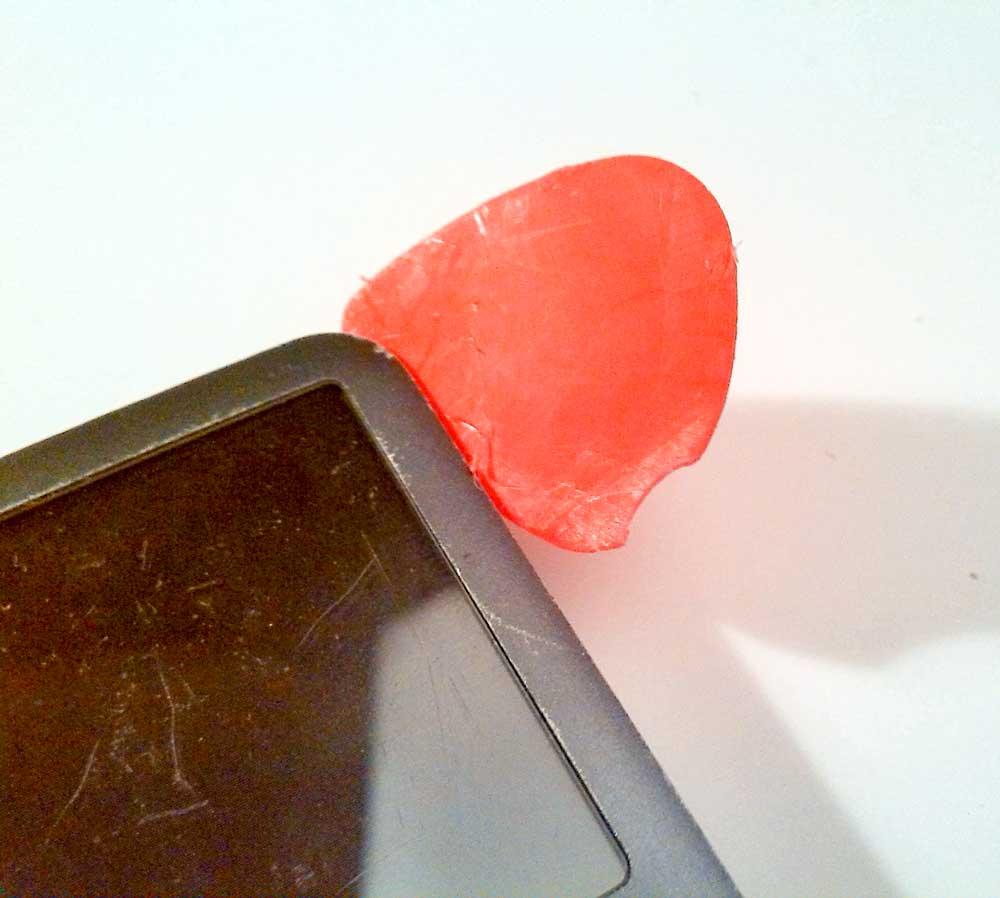 Apple-iPod-Classic-6G-6.5G-7G-7.5G-80GB-120GB-160GB-Festplatte-tauschen-iPod-öffnen-2015-02-07-01.12.48-Pletron-oben-rechts-Ecke