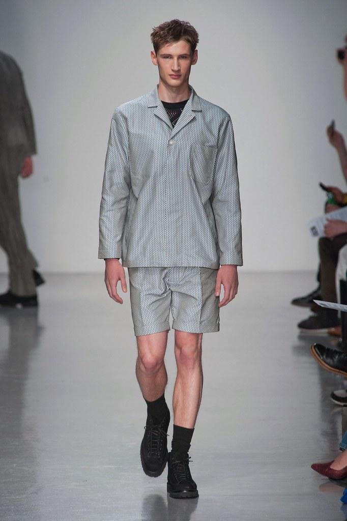 SS14 London Lou Dalton009_Tino Thielens(fashionising.com)