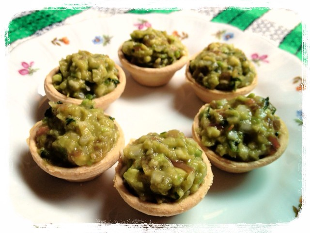 vol au vents guacamole