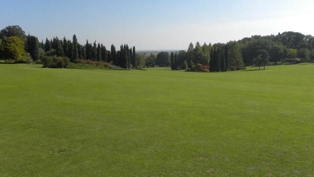 Il magnifico tappeto verde parco giardino sigurt - Parco giardino sigurta valeggio sul mincio vr ...