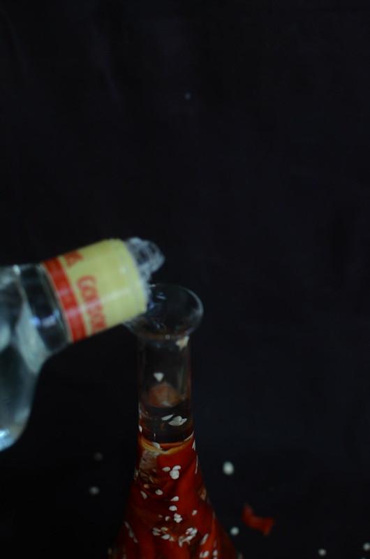 Gin Peppers: Gin in bottle