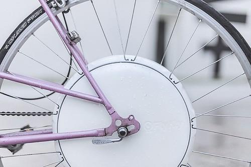 FlyKly превращает почти любой велосипед в электрический