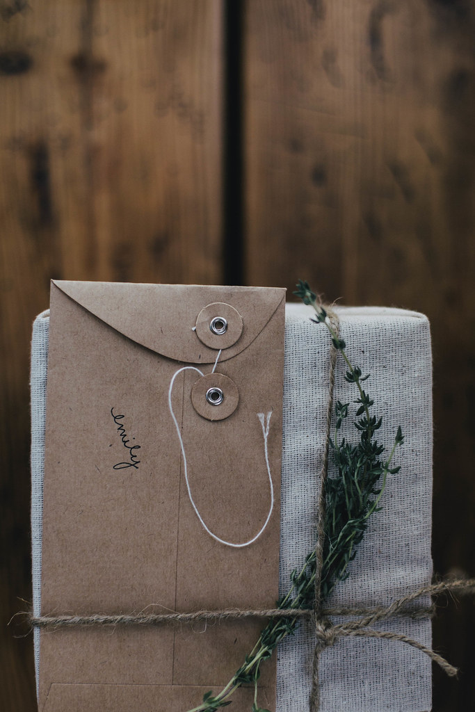Wrapping in Muslin & Twine // Kinfolk Herbal Infusions Workshop // Chattanooga, TN