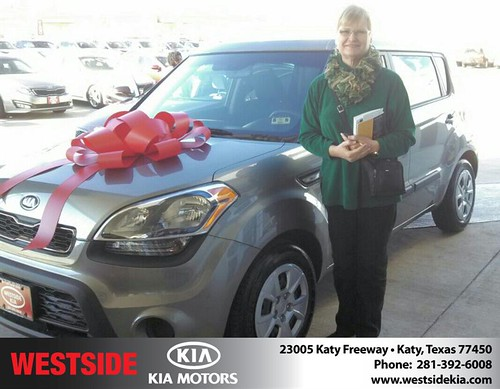 Thank you to Lindy Shorthose on your new 2013 #Kia #Soul from Gil Guzman and everyone at Westside Kia! #NewCarSmell by Westside KIA