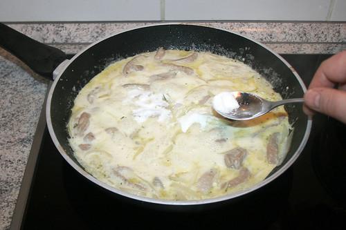 31 - Aufkochen & Soßenbinder hinzufügen / Boil up & add sauce thickener