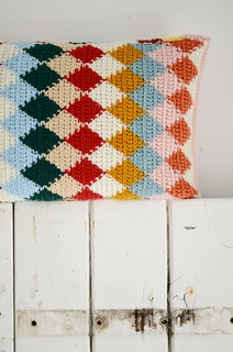 wood & wool harlequin pillow
