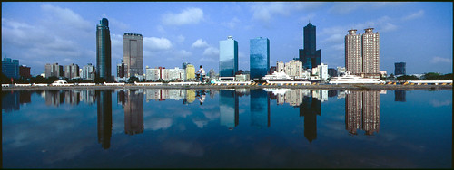 city reflection perfect taiwan hasselblad ii mirage f56 xpan 30mm asiasociety aspherical 高雄真愛碼頭 海市蜃樓 asiasocirty