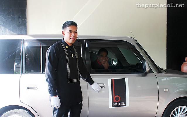 B Hotel Alabang Shuttle Service