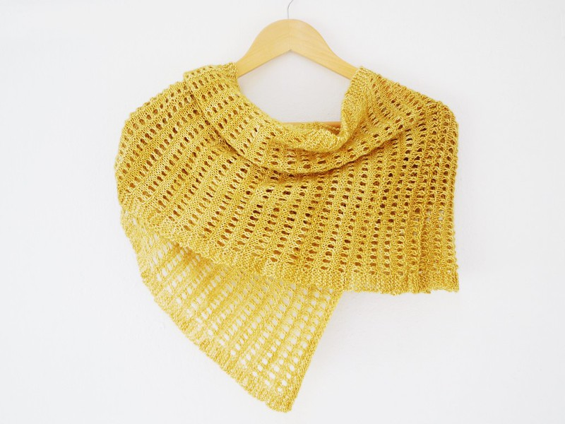 Aerino - Knitting pattern for light shawl by Alexandra Nycha