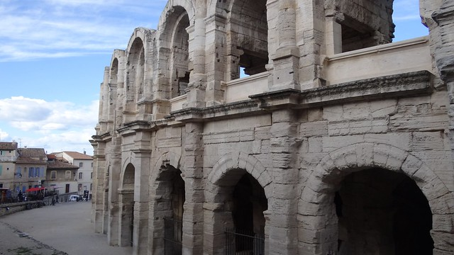 Arles, Les are?nes