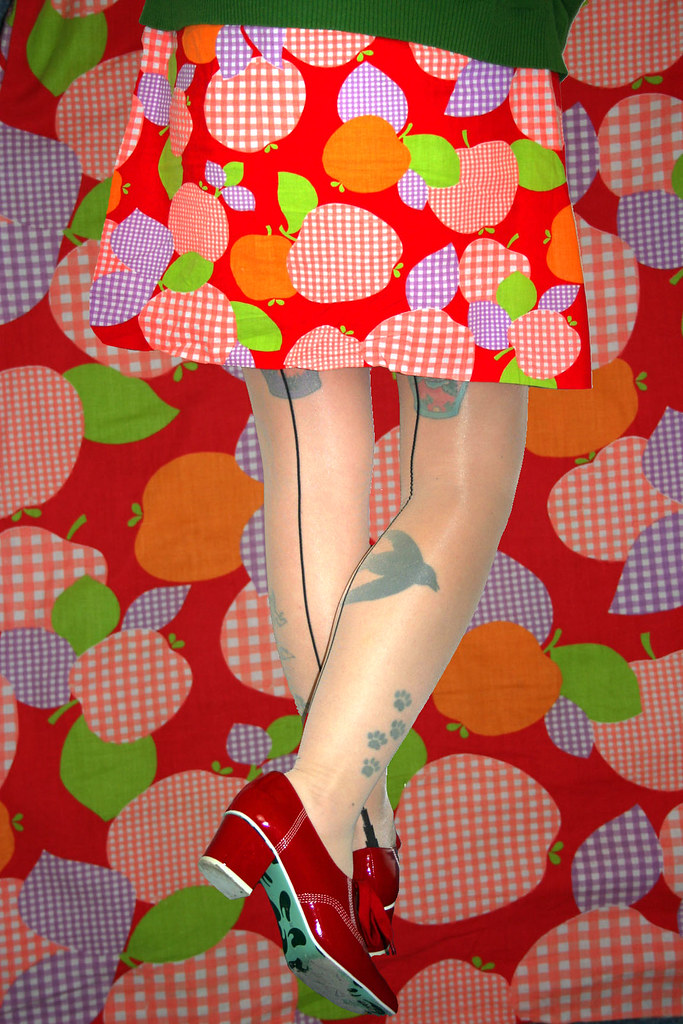 Vintage 60's dress - apples