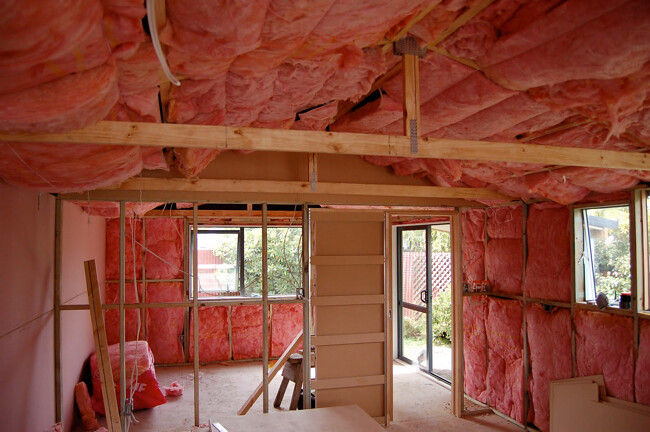 Rebates for pink batts insulation are back in South Australia