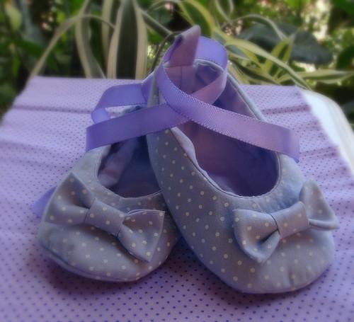 Sapatinho Lacinho Lilás by Cute for Baby by Mirian Rezende