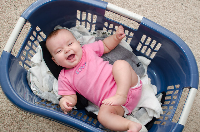 20130720-Baby-in-a-Laundry-Basket-2717