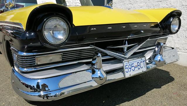 1957 Meteor Rideau 500 2-Door Hardtop