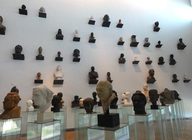 KUMU Museum - bustes