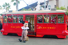 vehicle, cable car, tram, transport, public transport, rolling stock, land vehicle,