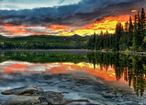 canada reflection sunrise dawn jasper alberta newyearsday pyramidlake notanhdr flickrsfinestimages1 flickrsfinestimages2