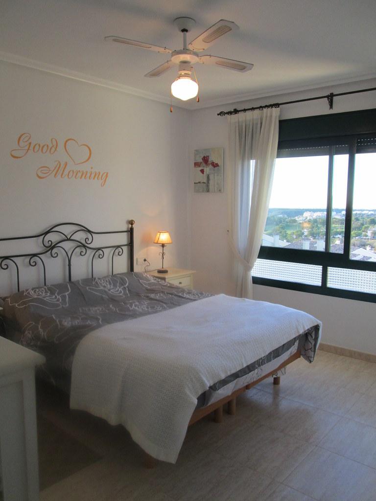 Slaapkamer 1 + badkamer | Casa Korsgaard