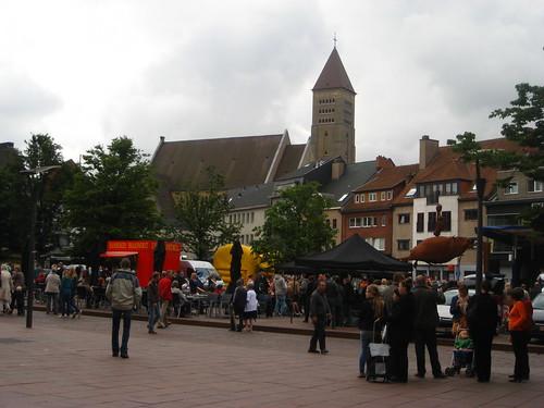 Genk Sunday market